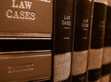 5 czynników wpływających na stawki prawników