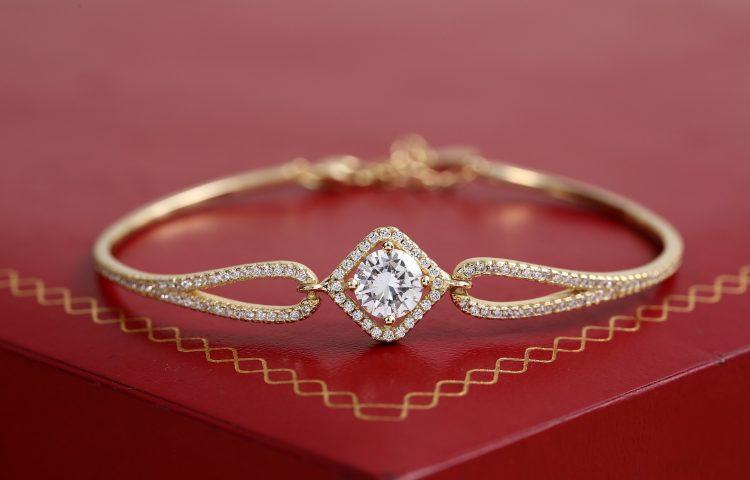 Skąd wzięła się oryginalna biżuteria Swarovski?